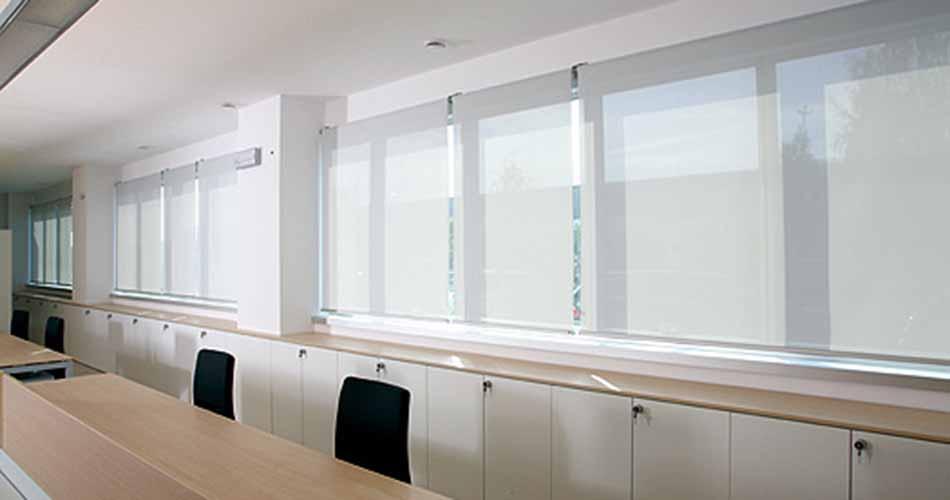 Tende Tecniche Per Ufficio : Tende tecniche la spezia u tende da ufficio